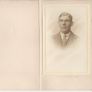 826 Portrait of Man