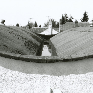 426 Tullibardine Distillery May 2002