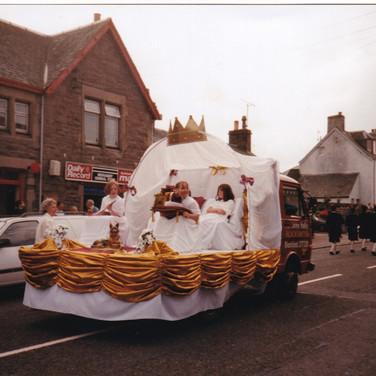 1134 1997 Queen's Float.jpg