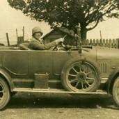 307 Helen McLaren with Morris Cowley 1924