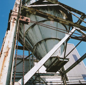 391 Tullibardine Distillery May 2002