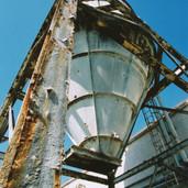 390 Tullibardine Distillery May 2002