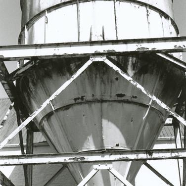 387 Tullibardine Distillery May 2002