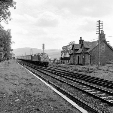 0950 Blackford Station Platforms Removed