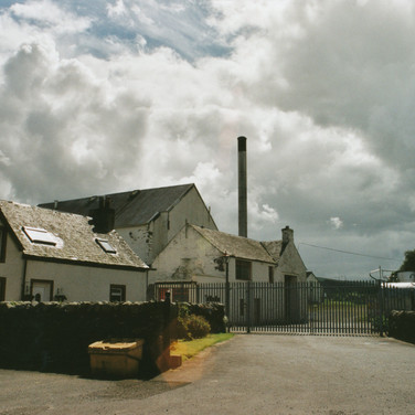 325 Tullibardine Distillery May 2002