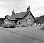 0948 Blackford Station Building