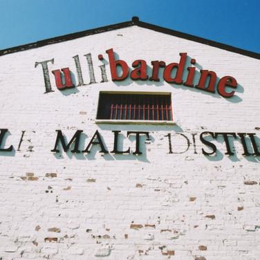 411 Tullibardine Distillery May 2002