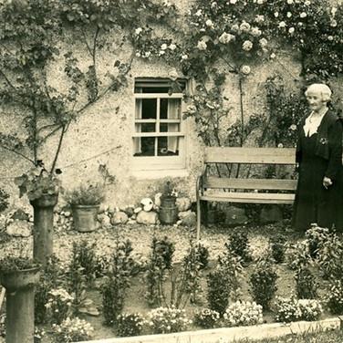 313 Mrs Lizzie Gloag Maitland House