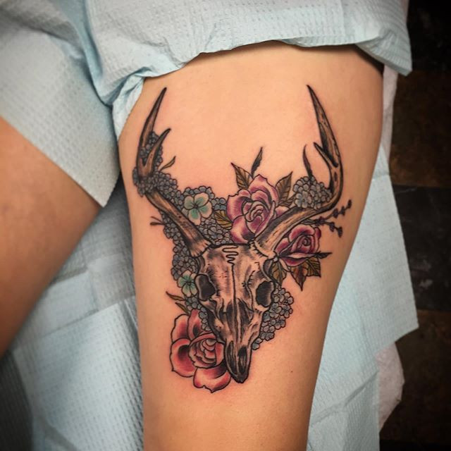Tattoo done by _chrisquiggle thx for loo
