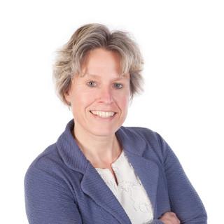 Drs. Anja D. van der Heide MCM, Staffadvisor Strategy Development & External Relations, Universitair Medisch Centrum Groningen