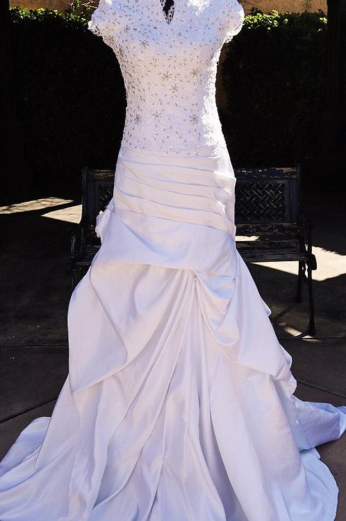 AMAZING WEDDING DRESS WHITE