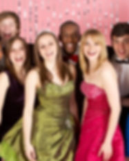 127527-425x282-prom_dresses.JPG