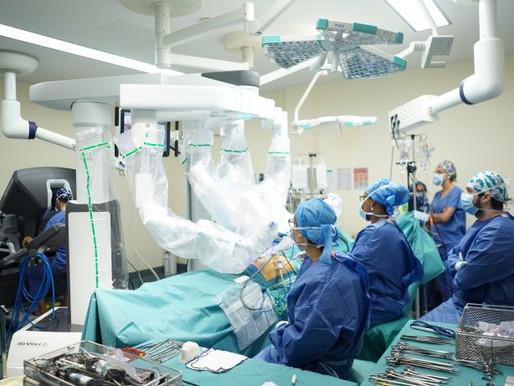 Une équipe de chirurgie robotique d'excellence à l'Hôpital universitaire Robert-Debré