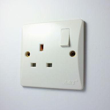 A&T 13 Amp Socket