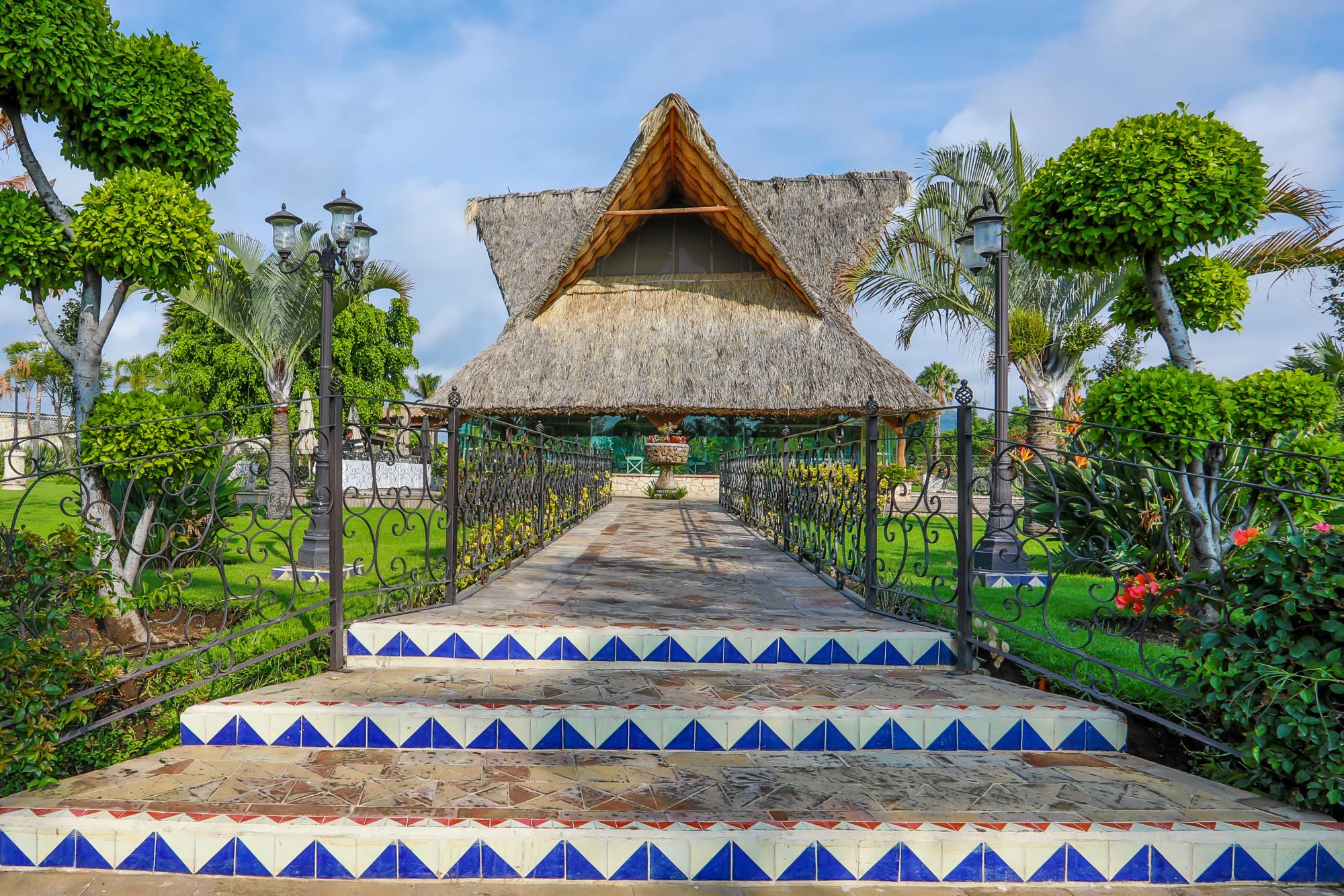 Jardin de cielo entrada principal
