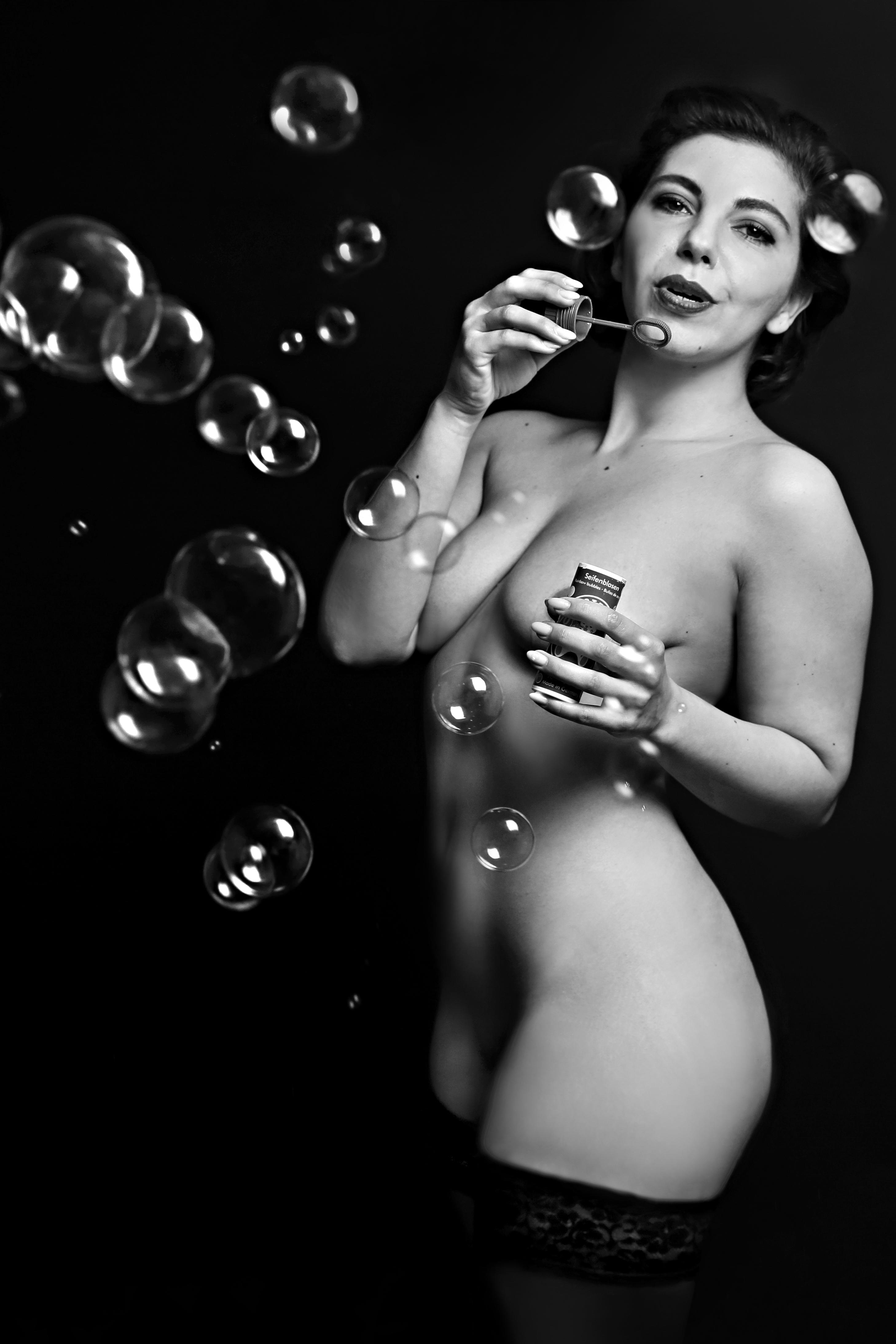 Seifenblasen Aktfoto