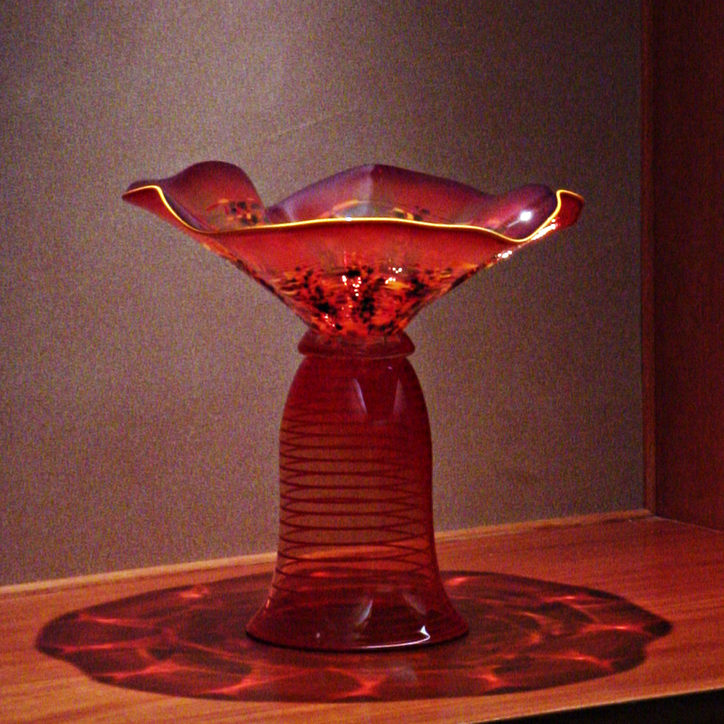 Platter Bloom Vase in Alcove