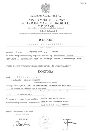 Mikołajewska_Emilia_Dyplom_doktora.jpg