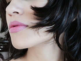 lips-468915_1920.jpg