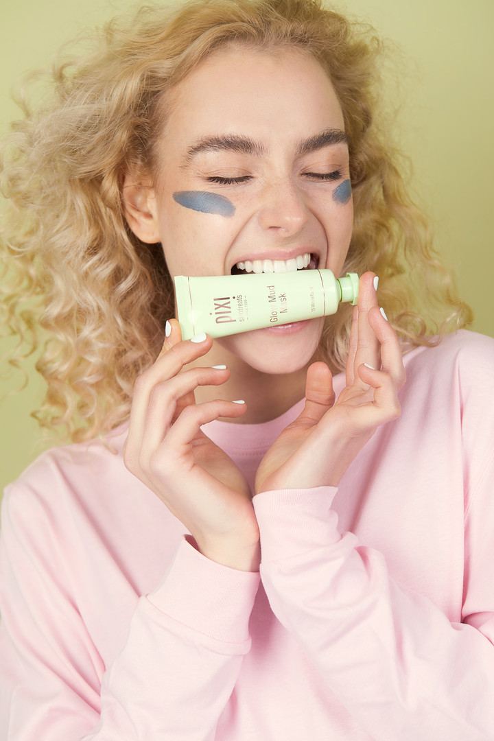 PIXI BEAUTY | Super Pharm | סופר פארם | Ariella Tzin | Yuli Models | Valeria lauren | Mulu Arga | מולו ארגה | ITM Models | kiss and tell | Liron Weissman | לירון ויסמן צלמת | ולריה לורן | אריאלה צין
