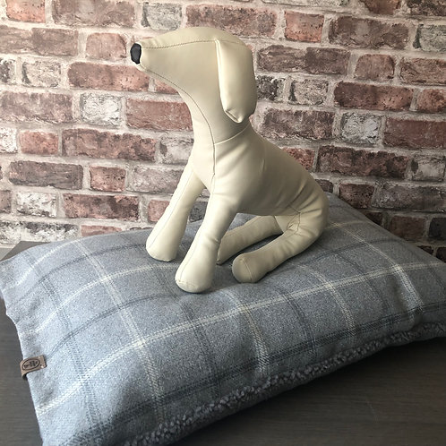 Two Season Handcrafted Dog Day Bed