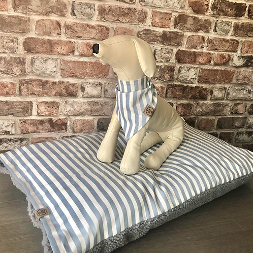 Two Season Handcrafted Dog Day Bed - Teign