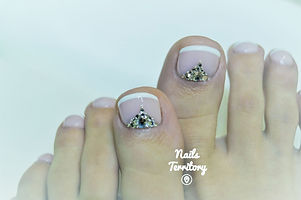 NT_feet_french.jpg