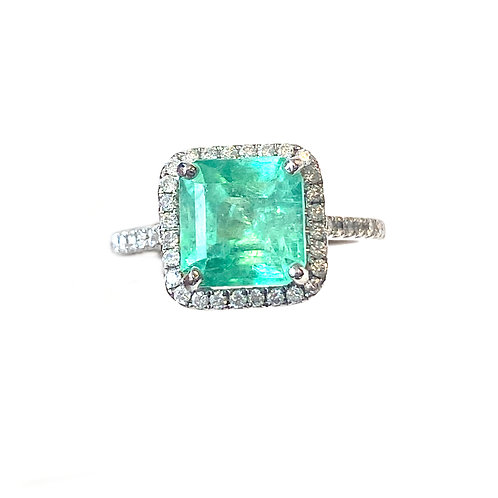 2.03CT. GREEN EMERALD & DIAMOND RING 18KTWG