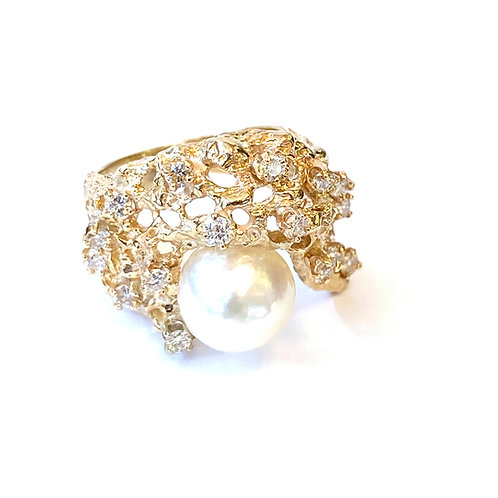 PEARL & DIAMOND FREE-FORM YELLOW GOLD RING