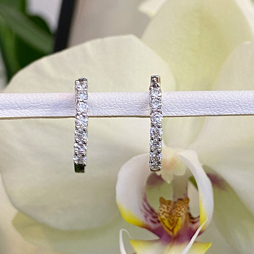 0.47CTTW. SMALL DIAMOND HUGGIE HOOP EARRINGS