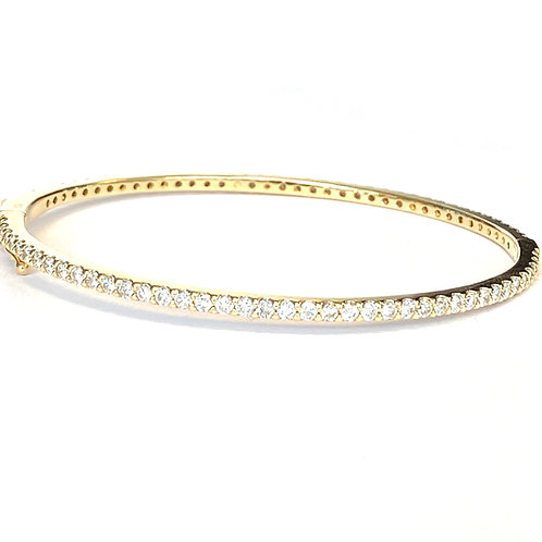 2.35CT. YELLOW GOLD DIAMOND ETERNITY STYLE BANGLE BRACELET
