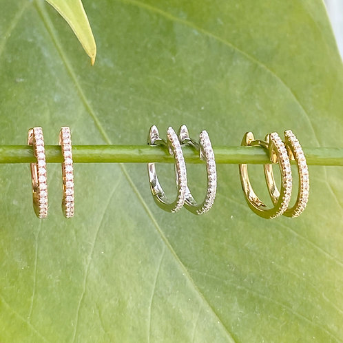 WHITE GOLD PETITE DIAMOND HUGGIE HOOP EARRINGS