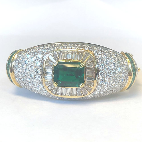 ESTATE YELLOW GOLD GREEN EMERALD & DIAMOND BANGLE