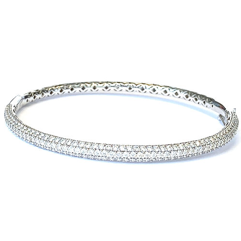 2.40CT. 14KTWG PAVE DIAMOND BANGLE BRACELET
