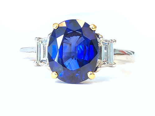 GIA CERTIFIED 3.24CT. BLUE SAPPHIRE & DIAMOND RING