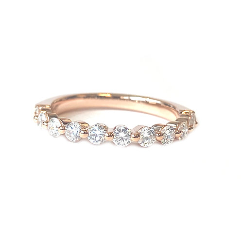 18KT ROSE GOLD SINGLE PRONG DIAMOND WEDDING BAND