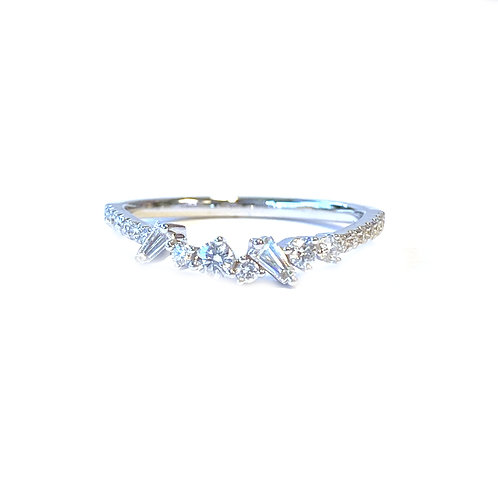 SLIGHT CURVED MULTI SHAPE DIAMOND BAND IN 18KTWG