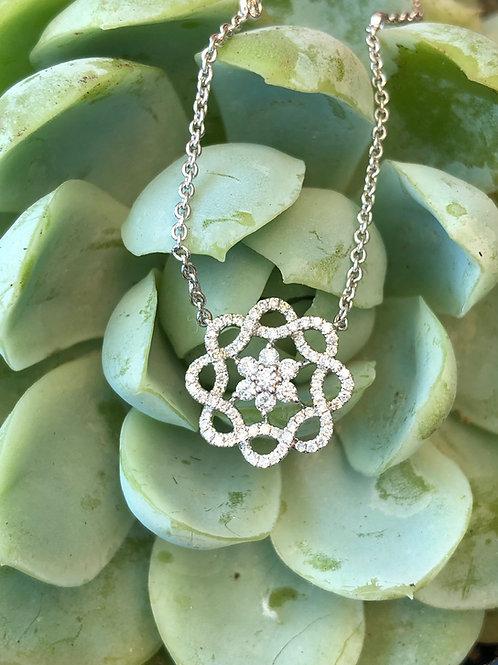 0.44CT. DIAMOND INFINITY FLOWER CLUSTER CIRCLE TWIST WREATH PENDANT NECKLACE