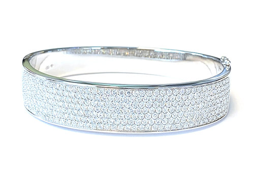 5.02CT. SEVEN-ROW  PAVE DIAMOND BANGLE BRACELET