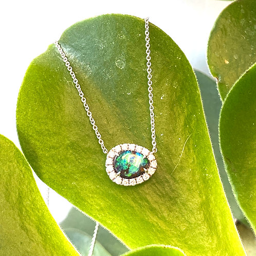 BLACK AUSTRALIAN OPAL, DIAMOND & 18 KT WHITE GOLD NECKLACE