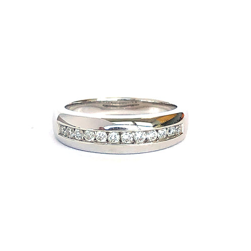 18KTWG CHANNEL SET DIAMOND BAND