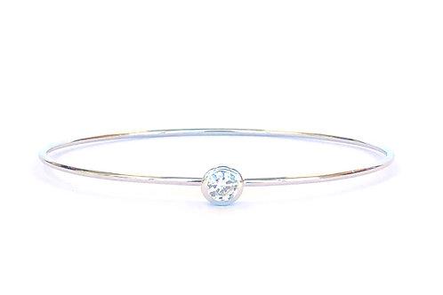 0.31 E I1 GIA ROUND DIAMOND BEZEL BANGLE BRACELET 14KTWG