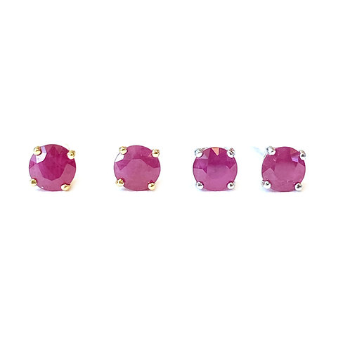 4.5MM 18KT RUBY STUD EARRINGS