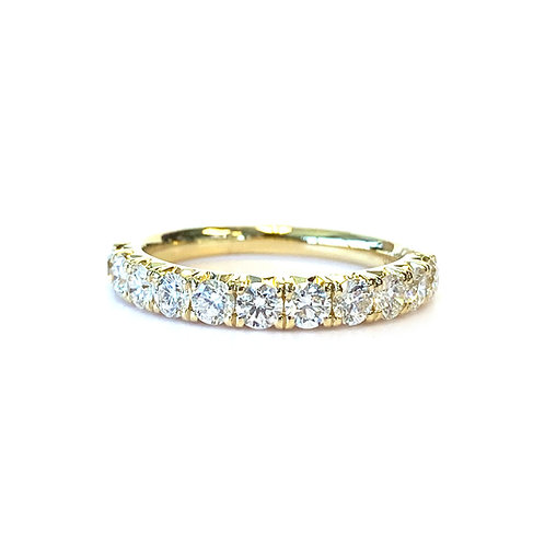 FRENCH PAVE STACKABLE WEDDING BAND WITH 0.80CT ROUND DIAMOND IN 18KT YELLOW GOLD