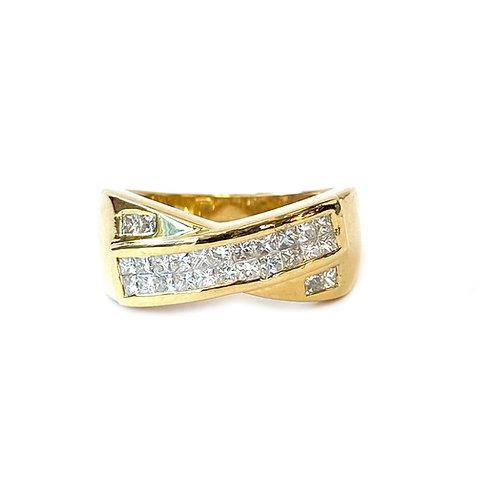 0.75CT. PRINCESS CUT INVISIBLE SET DIAMOND CROSSOVER RING