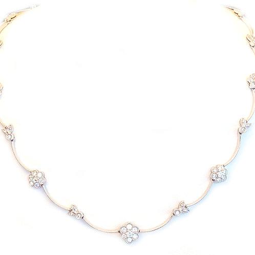 2.50CT. DIAMOND FLOWER MOTIF NECKLACE