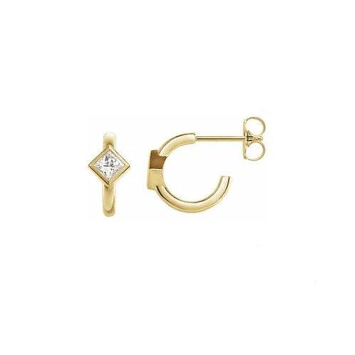 0.33CTTW. PRINCESS CUT DIAMOND HOOP EARRINGS