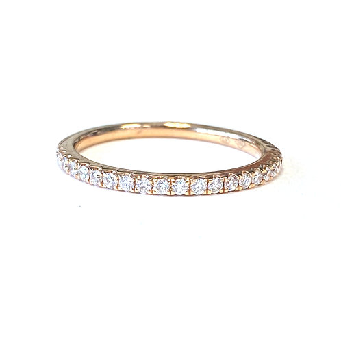 0.18CT. ROSE GOLD PETITE DIAMOND BAND