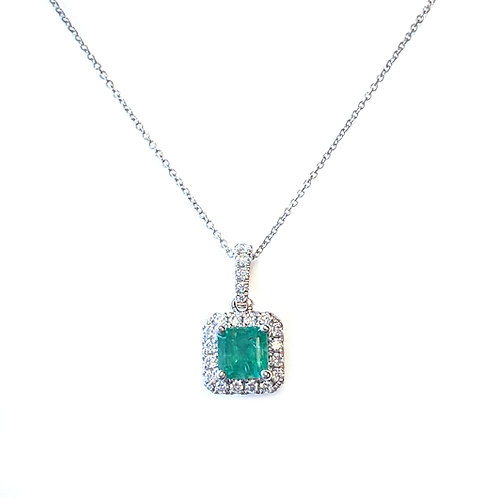 0.55CT. GREEN EMERALD & DIAMOND HALO PENDANT NECKLACE
