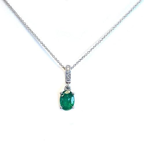 0.79CT. GREEN EMERALD & DIAMOND PENDANT NECKLACE